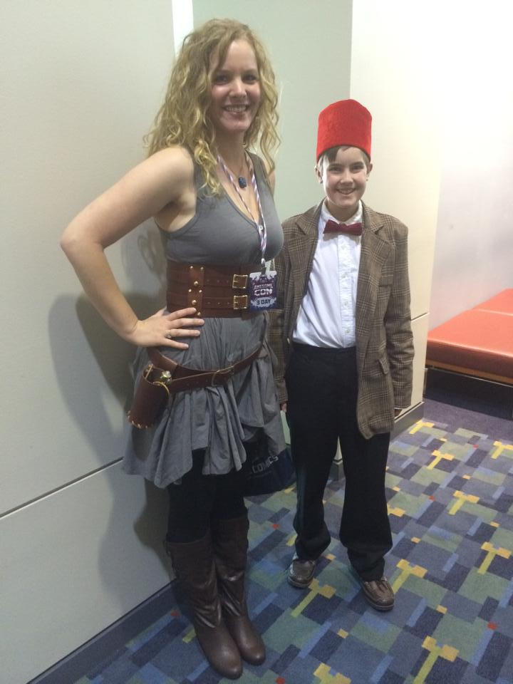 river song and the 11th doctor child cosplay